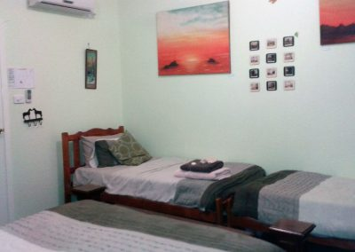 apartment-2-coaster-room-facing-west