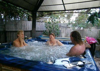 outdoor-spa-bath