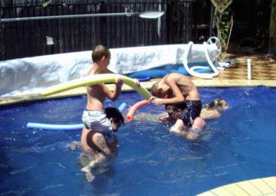 swimming-pool-having-fun
